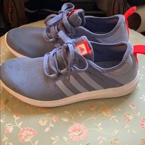 adidas Shoes - Adidas Bounce Sneakers Size 6